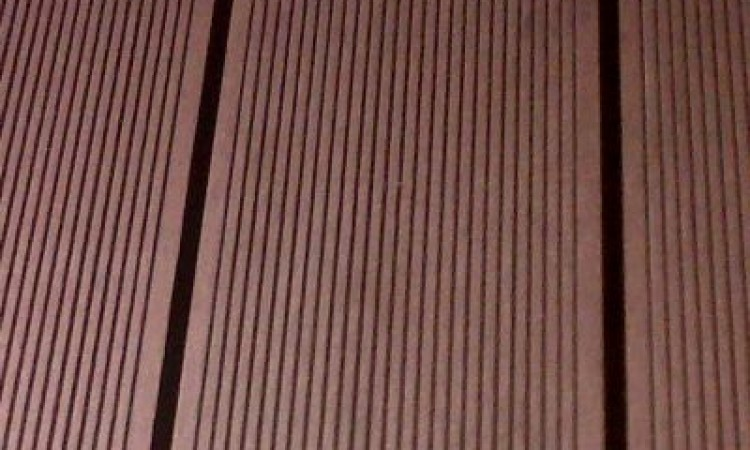 946_deckingwpc_cafeniu